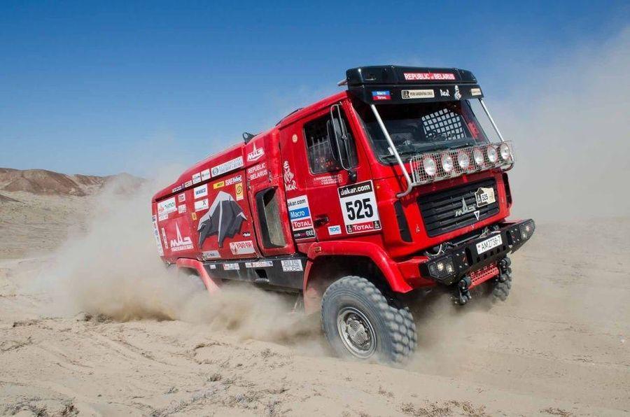 Maz pakub Dakari rallist huvitatutele võistlusautosid
